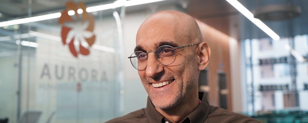 Le docteur Tom Catena, chirurgien et missionnaire, a été nommé président de l'Initiative Humanitaire Aurora